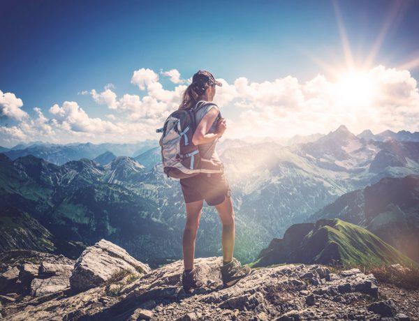 Mit Wandern zu einem besseren Wohlbefinden und Körper