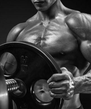 Wie Supplemente uns beim Muskelaufbau helfen können